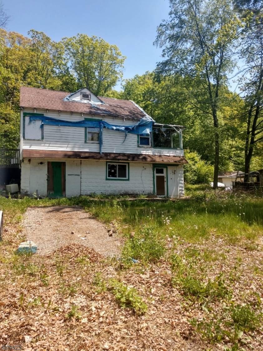 218 Lake Shore Dr - Photo 1