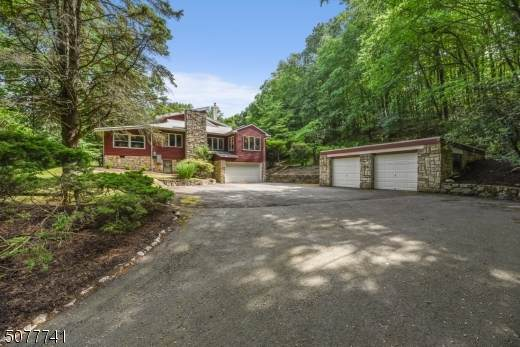 769 Mountain Way, Parsippany-Troy Hills Twp., NJ 07950 (MLS #3719643) :: SR Real Estate Group