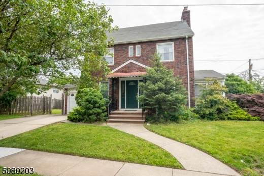 459 Twin Oaks Rd, Union Twp., NJ 07083 (MLS #3720148) :: The Dekanski Home Selling Team