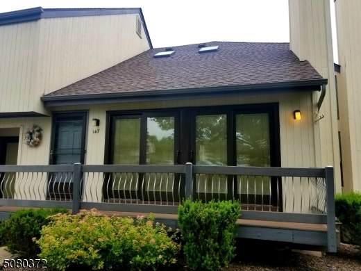 147 Firethorne Trl, Bernards Twp., NJ 07920 (MLS #3720184) :: The Dekanski Home Selling Team