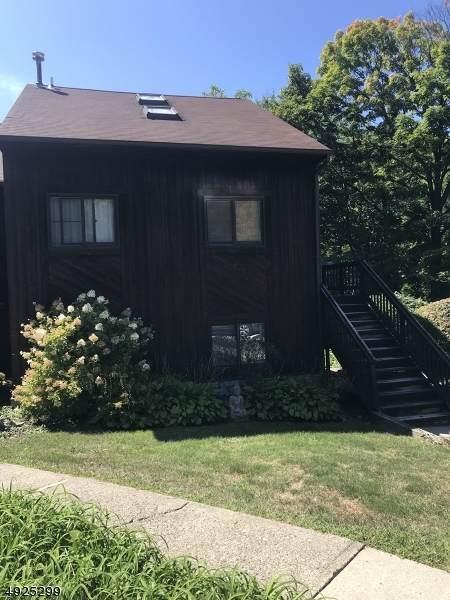 1 Powderhorn Ct Unit 2 #2, Vernon Twp., NJ 07462 (#3720918) :: Jason Freeby Group at Keller Williams Real Estate