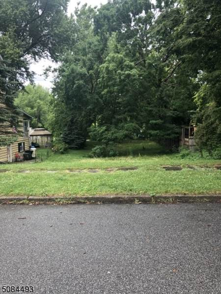 81 Front St, Belvidere Twp., NJ 07823 (MLS #3724673) :: The Michele Klug Team | Keller Williams Towne Square Realty