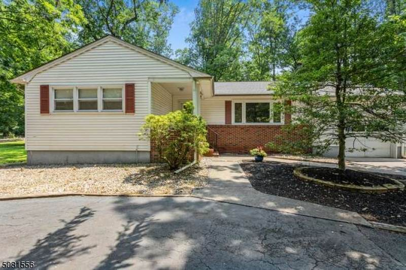 112 Woods Rd - Photo 1