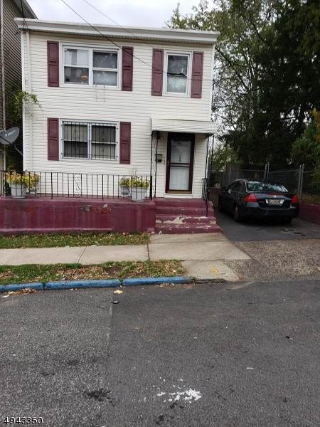 123 Lawrence St - Photo 1