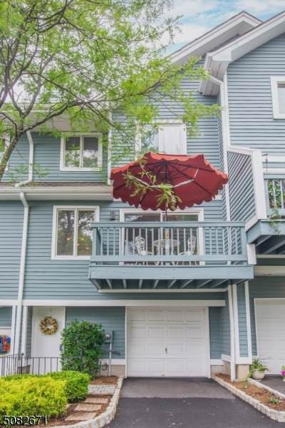 32 Skyview Ter, Clifton City, NJ 07013 (MLS #3727122) :: Caitlyn Mulligan with RE/MAX Revolution
