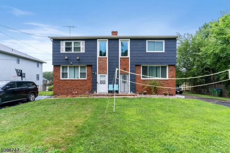 61 Fairview Ave - Photo 1