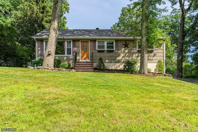 257 Ross Dr - Photo 1