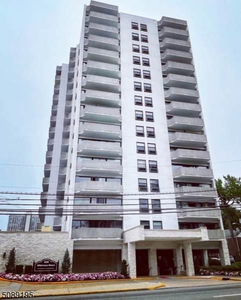 1600 Center Ave 5F - Photo 1