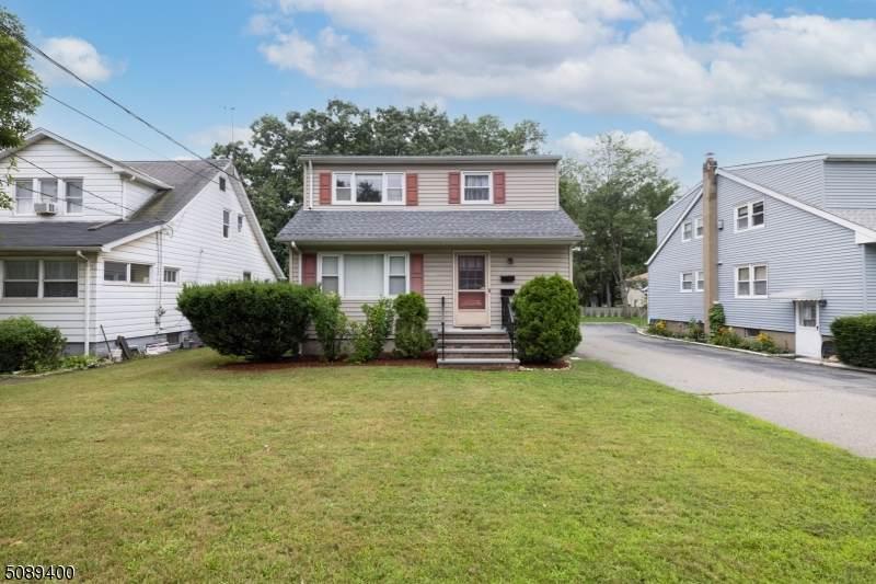 216 Ringwood Ave - Photo 1