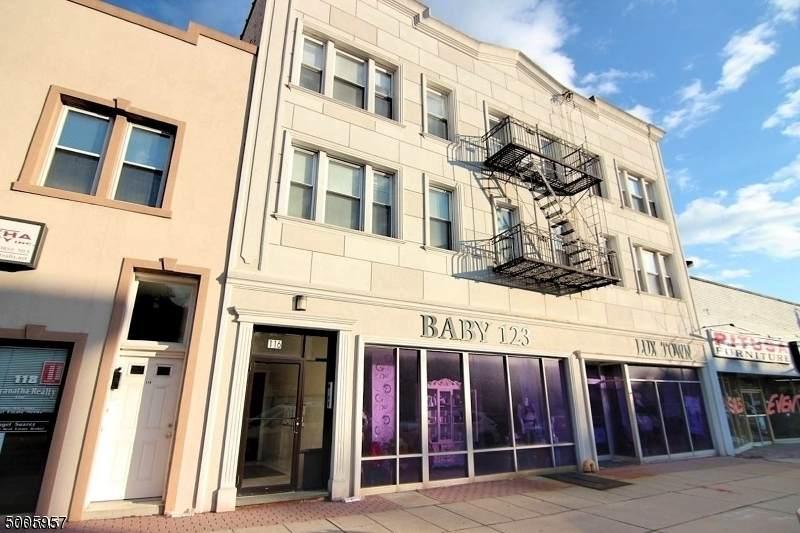 114 Washington Ave  Unit 2 - Photo 1