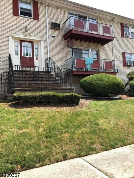 348 Hoover Ave - Photo 1