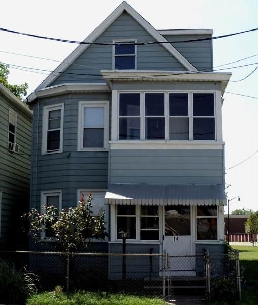 14 John St, Lodi Boro, NJ 07644 (MLS #3730423) :: The Michele Klug Team | Keller Williams Towne Square Realty