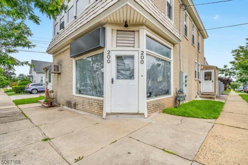 200 Jefferson Ave - Photo 1
