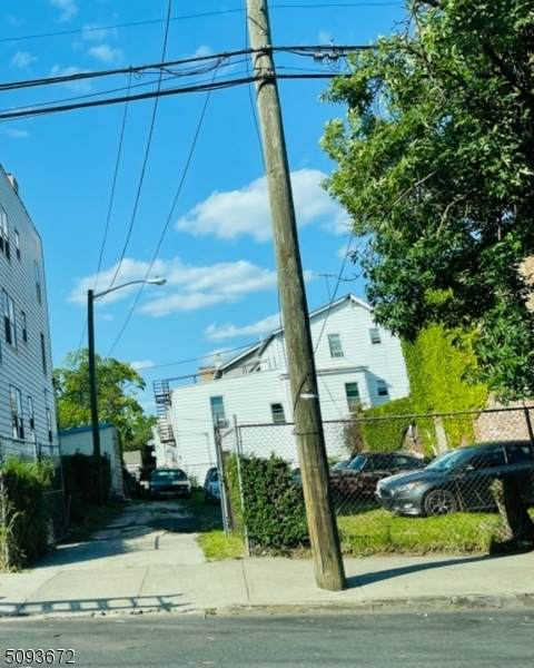 319 Renner Ave - Photo 1