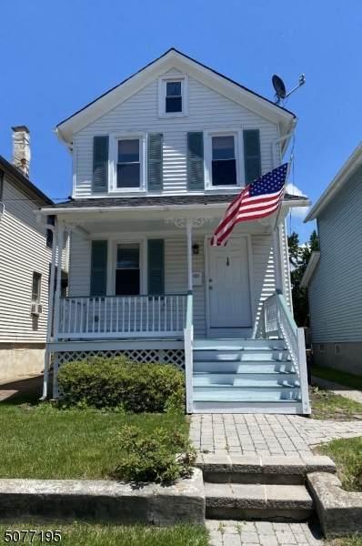 18 Brown St, Flemington Boro, NJ 08822 (MLS #3732585) :: The Sikora Group