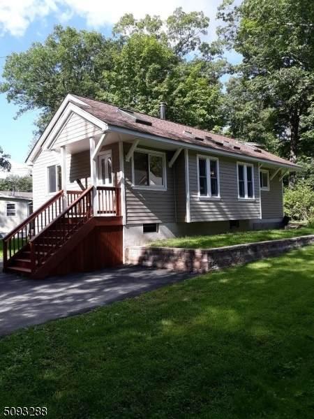 16 Yorktown Rd, West Milford Twp., NJ 07421 (MLS #3732591) :: The Sikora Group