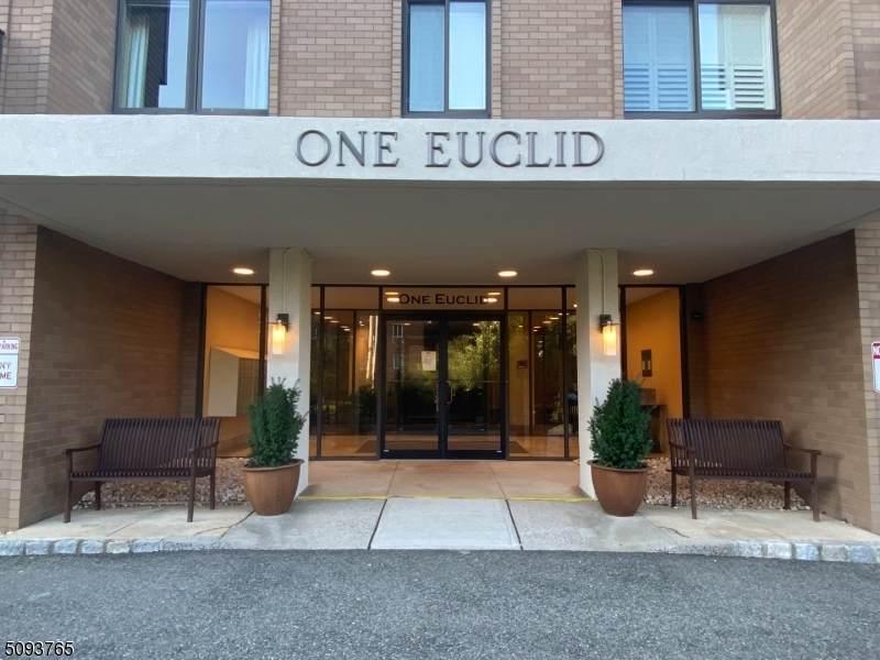 1 Euclid Ave 1F - Photo 1