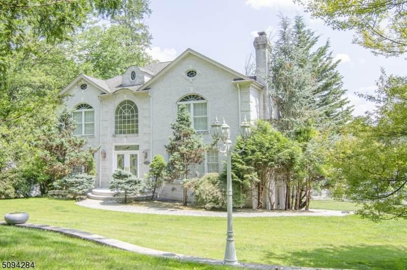 310 Mount Kemble Ave - Photo 1