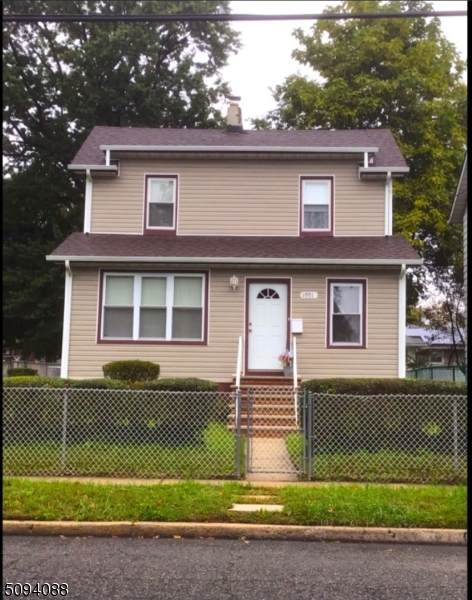 1001 Warren Street - Photo 1