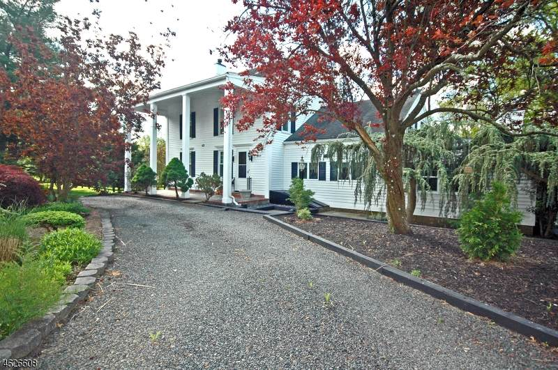 421 Country Club Rd - Photo 1