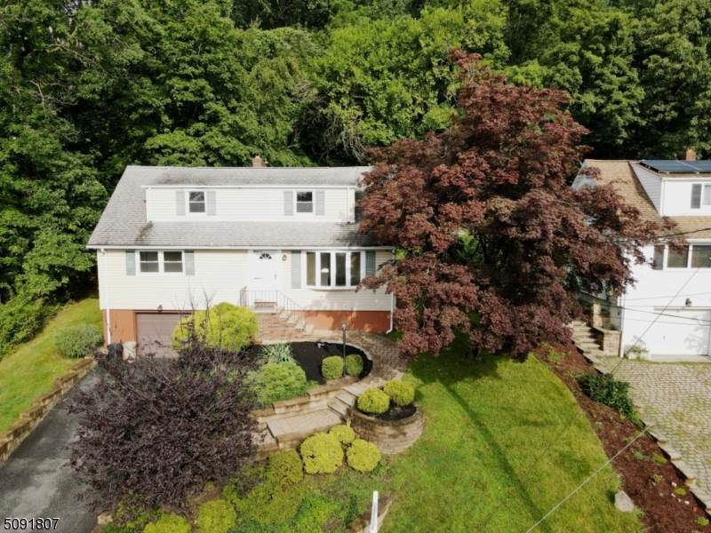 24 Cresthill Rd - Photo 1