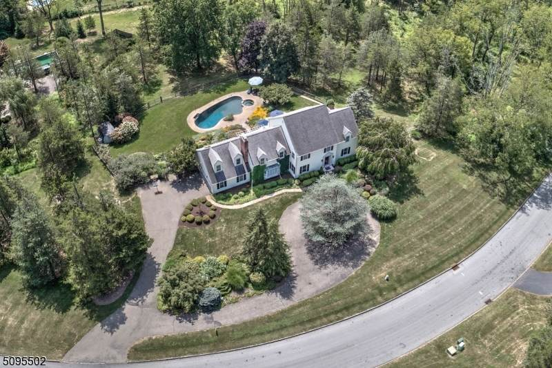 6 Roundtop Rd - Photo 1
