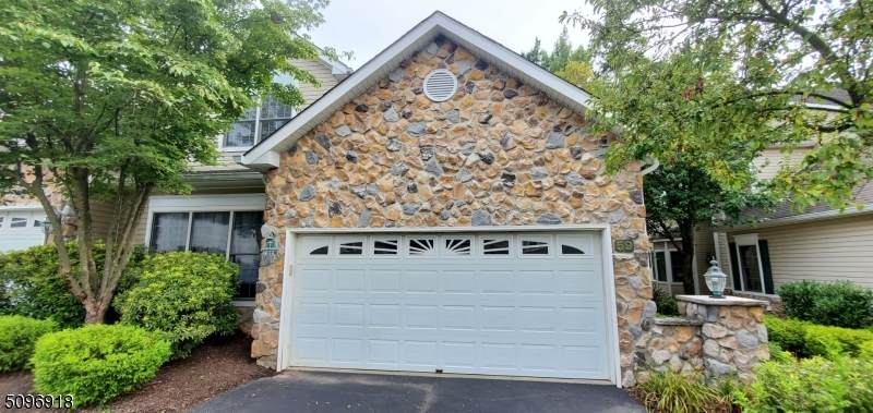 59 Winged Foot Dr - Photo 1