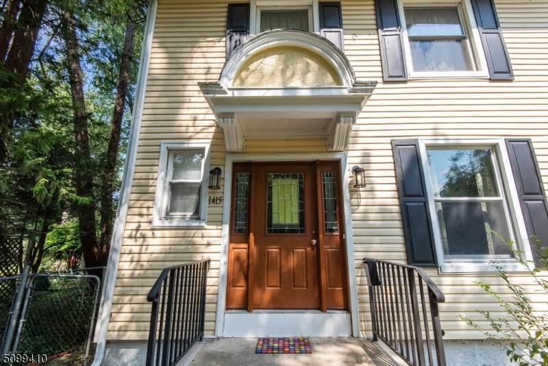 1415 Putnam Ave - Photo 1