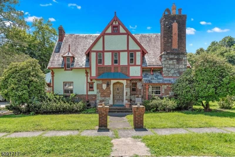 34 Harvard St - Photo 1