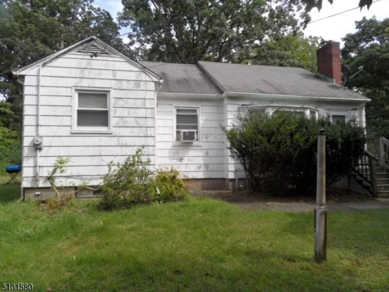 742 Berdan Ave - Photo 1