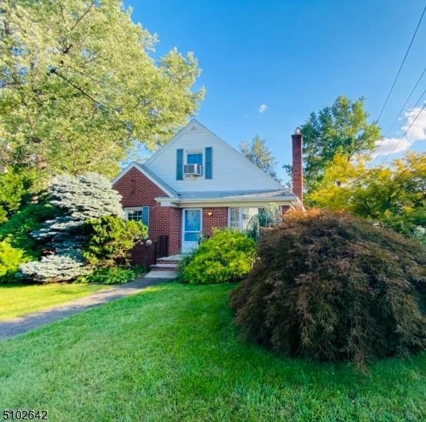 88 Harcourt Ave - Photo 1