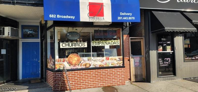 682 Broadway - Photo 1
