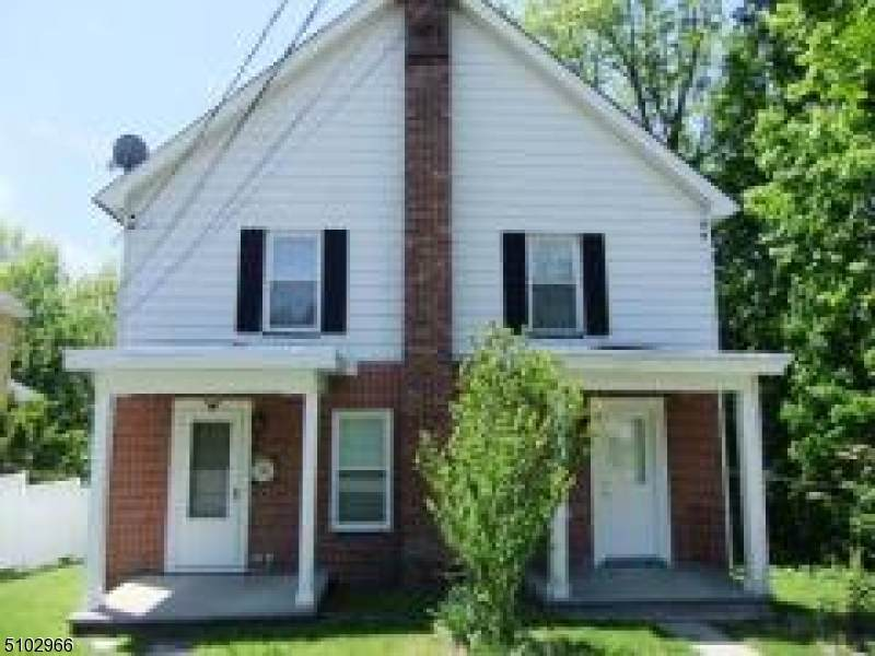 46 King Cole Rd - Photo 1