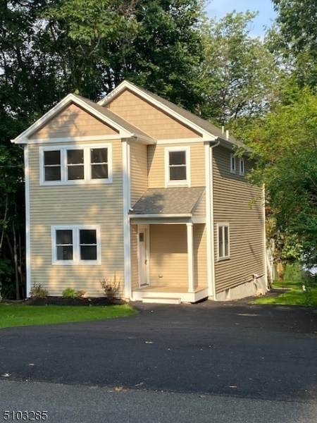 41 Race Track Dr, West Milford Twp., NJ 07421 (MLS #3740586) :: The Michele Klug Team   Keller Williams Towne Square Realty