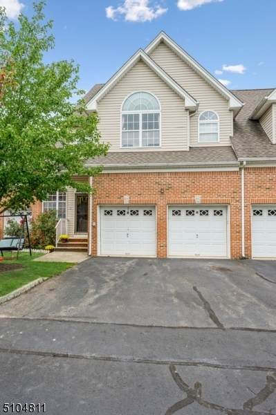 703 Heron Ct, North Brunswick Twp., NJ 08902 (MLS #3742046) :: Team Braconi | Christie's International Real Estate | Northern New Jersey