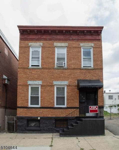 588 66Th St, West New York Town, NJ 07093 (#3742098) :: Jason Freeby Group at Keller Williams Real Estate