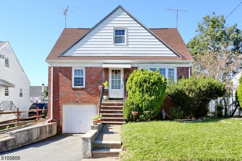 243 Rossiter Ave - Photo 1