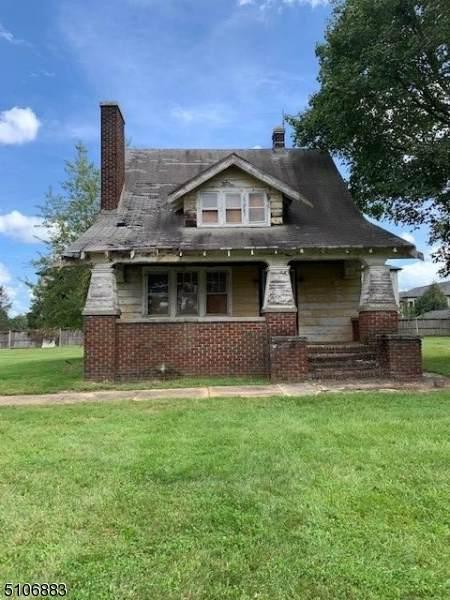 403 Elizabeth Ave - Photo 1