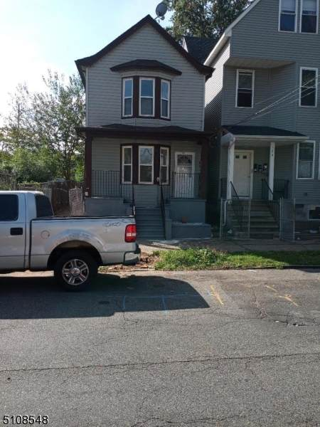 526 14Th Ave - Photo 1
