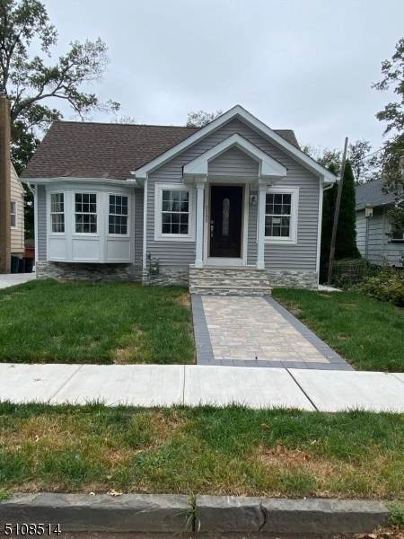 2282 Price St, Rahway City, NJ 07065 (MLS #3745486) :: The Dekanski Home Selling Team