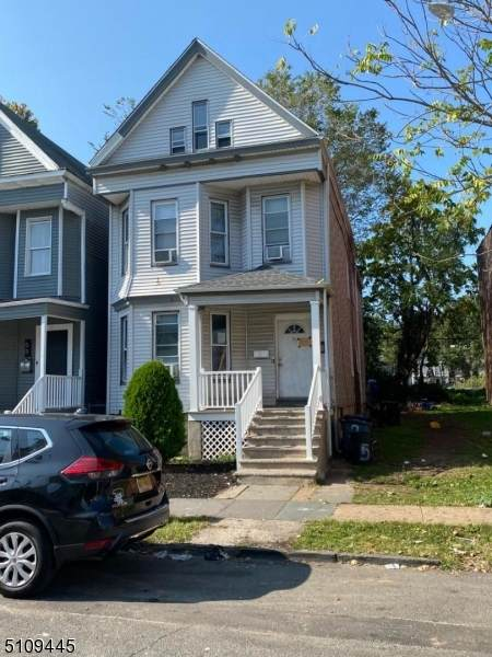 55 N 14Th St, East Orange City, NJ 07017 (MLS #3746158) :: The Karen W. Peters Group at Coldwell Banker Realty