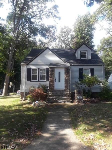 348 Forest Dr, Union Twp., NJ 07083 (MLS #3746993) :: The Karen W. Peters Group at Coldwell Banker Realty
