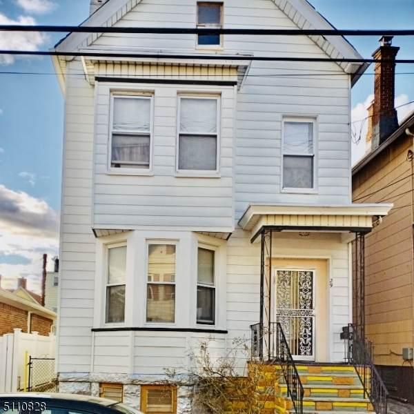 29 Maple St, Kearny Town, NJ 07032 (MLS #3747420) :: Gold Standard Realty