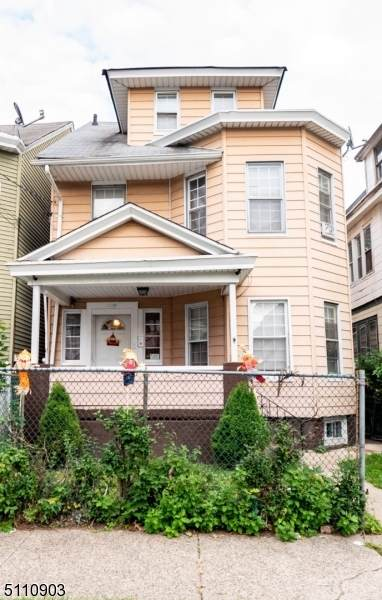 409 E 31St St, Paterson City, NJ 07504 (MLS #3747476) :: Zebaida Group at Keller Williams Realty