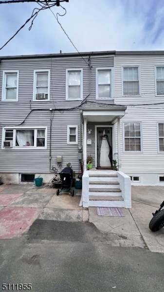 12 Prospect Row, Newark City, NJ 07105 (MLS #3748487) :: SR Real Estate Group