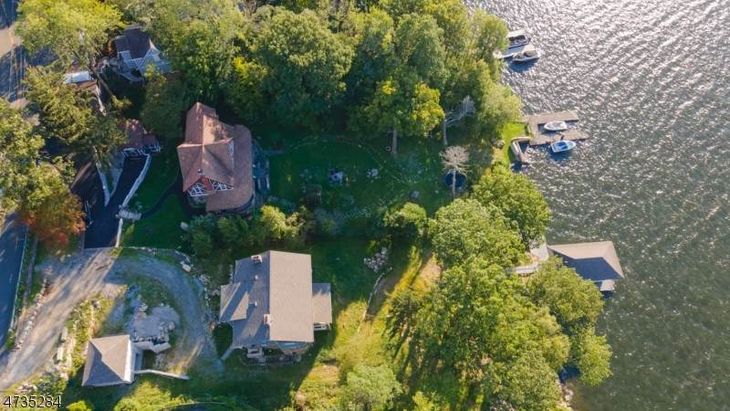 497 Windemere Ave - Photo 1