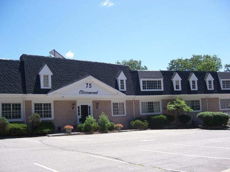 75 Claremont Rd - Photo 1