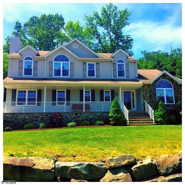 73 Continental Rd, West Milford Twp., NJ 07480 (MLS #3375860) :: The Dekanski Home Selling Team