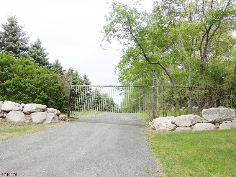 966 Fairview Lake Rd - Photo 1
