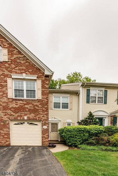 260 Amethyst Way, Franklin Twp., NJ 08823 (MLS #3470810) :: The Sue Adler Team